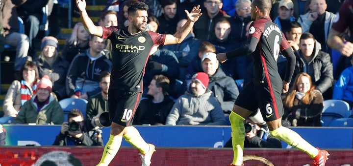Sergio Aguero celebrates with Fernando